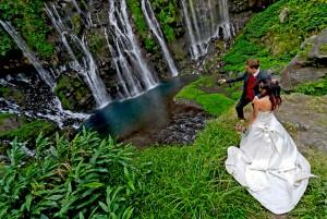 Mariage à la Cascade de Langevin à la Réunion par le photographe Daniel AUGUSTE