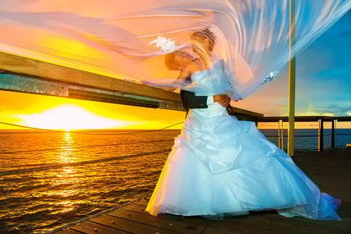 Mariage au coucher du soleil à Saint-Paul